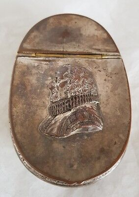 Victorian oval novelty snuff box.Depicting William Shakespeare poet & playwright