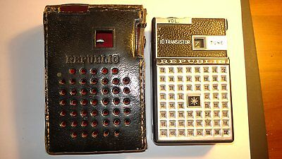 Vintage REPUBLIC Portable Transistor Radio  in ORIGINAL LEATHER CASE.NOT WORKING