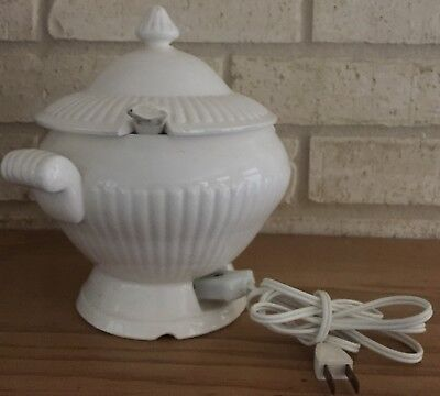Vintage Royal Sealy Japan White Ceramic Electric Soup Tureen w/Lid Ladle Cord
