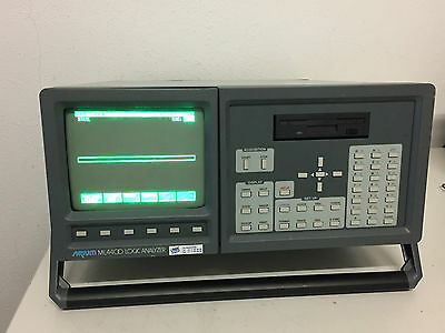 Arium ML4400 Logic Analyzer w / lp-8200 200MHZ Logik pod