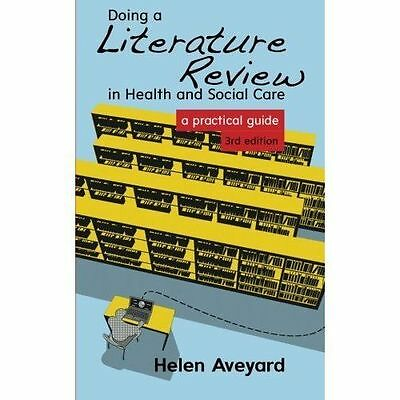 Doing A Literature Review In Health And Soci by Helen Aveyard New Paperback Book