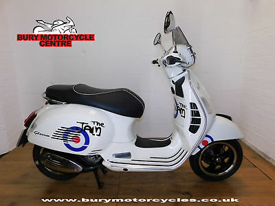 Piaggio Vespa GTS 300 ie Super. ABS. 2016. Great Condition.