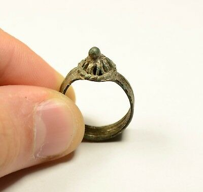Byzantine To Post Medieval Bronze Ring With Crown Shaped Bezel - Wearable
