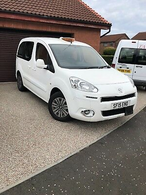 Peugeot Partner Premier S Allied wheelchair adapted ex Glasgow airport taxi