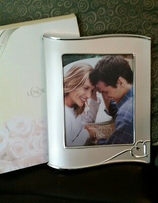 NEW Lenox Picture Frame Forevermore 8 x 10 Sliverplated with Heart Wedding Love