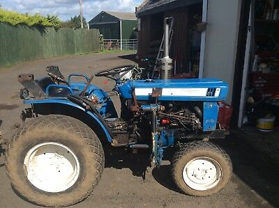 Iseki 2160 4x4 Compact Tractor (spares Or Repairs)