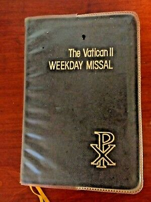 The Vatican II Weekday Missal St. Paul Edition 1975 Catholic Daily Prayer Book
