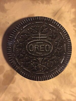 Round Oreo Original Chocolate Sandwich Cookie Shaped Tin Collectible 1993