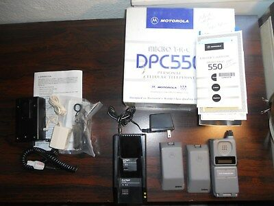 BUNDLE Motorola Micro TAC DPC550 Cellular Phone and Accessories WORKS -Free Ship