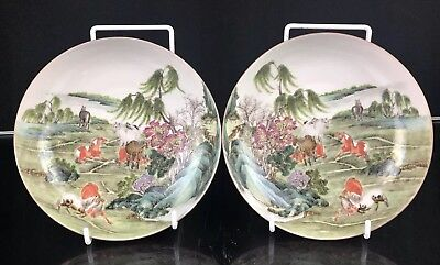 Outstanding Pair of Antique Chinese Porcelain Republic Period Plates Horses NR