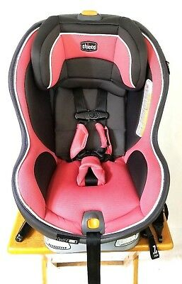 Chicco NextFit Zip Convertible Car Seat - Pink/Gray VG USED OCT 2022
