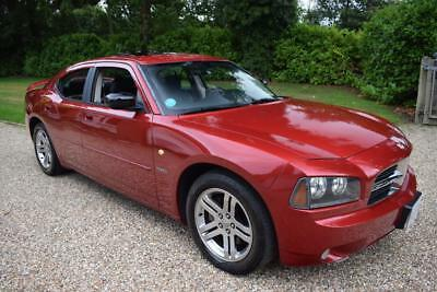 Dodge Charger R/T 5.7i V8 HEMI Saloon Automatic / UK REGISTERED