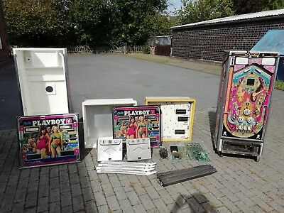 Playboy Bally, zwei Flipperautomaten