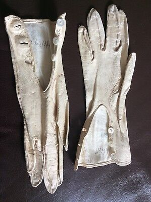 """Vintage French Ladies 3 Button soft Kid leather gloves Cream 9"""" Gant Perrin 43."""