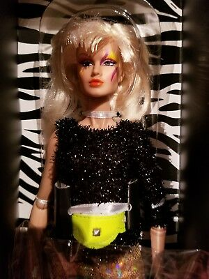 """Jem And The Holograms Integrity Toys Roxanne """"Roxy"""" Pelligrini """"I'm With Her"""""""