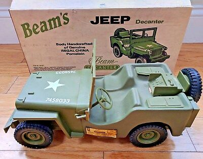 MINT 1986 Jim Beam WWII Army Military JEEP Regal China DECANTER Bottle w/Box