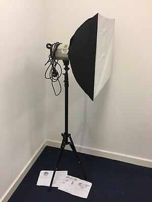 Studio Strobe Flashlight Kit with Stand and Soft Box