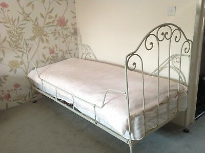 Antique iron french day bed