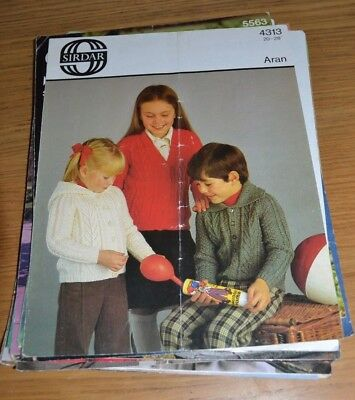Sirdar * Aran * Vintage Childrens Cardigan And Jackets * Knitting Pattern * 4313
