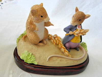 Border Fine Arts ~ Beatrix Potter~ Timmy Willie & Johnny Townmouse ~ Members Fig