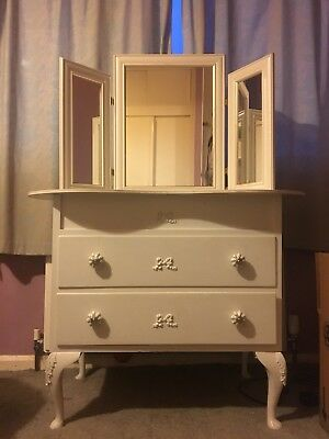 Vintage Style Old Dressinng Table & Mirror