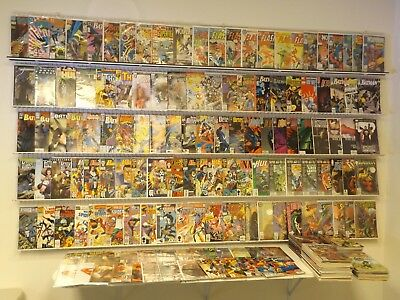 Huge lot 240+ comics w/ Batman, Flash, Punisher & more avg VF- condition