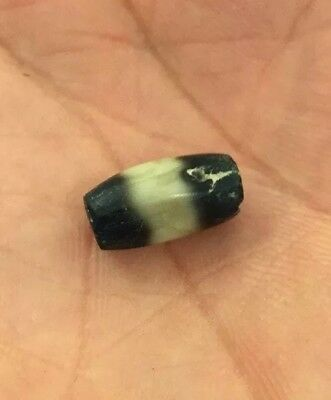 Authentic Ancient Very Rare Tibetan Black & White Chung Dzi Bead