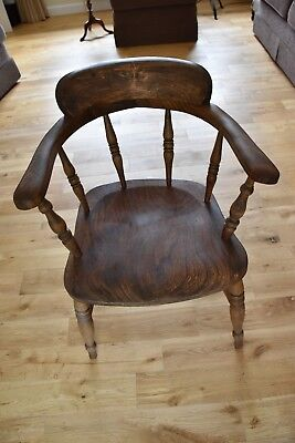 Vintage Smokers Captain Bow Chair Traditional Design