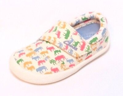 """Clarks baby boy """"CHOC ICE"""" cotton canvas crawling shoes size 3.5G.New"""