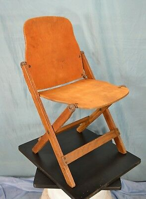 WW 2, U.S. Folding Chair