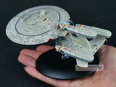 STAR TREK USS Enterprise NCC-1701-D Future Eaglemoss Diecast Model Starship A616