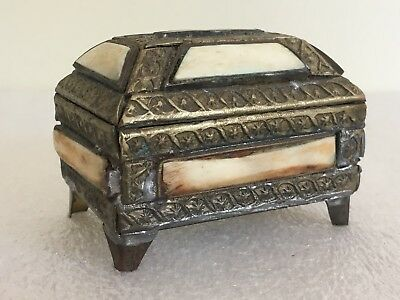 Antique / Vintage Trinket, Jewelry, Ring Footed Box Brass & Bone Or Ivory? WOW!