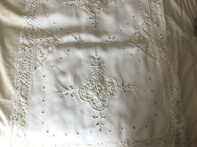 vintage shabby chic large cotton and  lace table cloth 88 x 61 cm  white