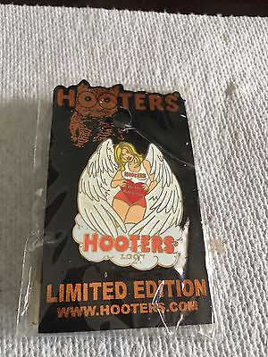 Hooters Restaurant Uniform Pins-2 New Pins In Wrapper