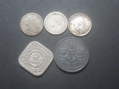 3866  - Netherlands  - Five Coins- With Silver