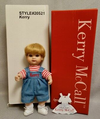 """KERRY McCALL - BETSY FAMILY 9"""" TONNER Doll from 2000 - MINT & RARE"""