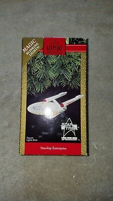 1991 Star Trek Starship Enterprise Hallmark Keepsake Christmas Ornament with Box