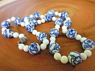 Vintage ASIAN CERAMIC BLUE & WHITE Beaded NECKLACE Magnetic Clasp HAND TIED Ever