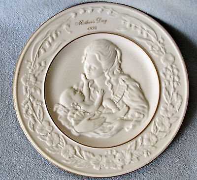 1994 LENOX Mother's Day A Mother's Love Fine Ivory China Collector Plate