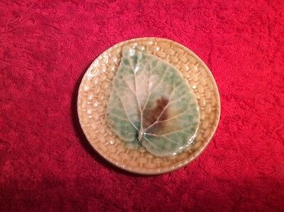 Antique Majolica Begonia Leaf on Basketweave Butter Pat c.1800's, gm475