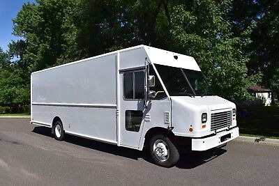 2015 Ford F59 22' Step Van 6.8L V10, Tool Cargo Delivery Food Truck Conversion