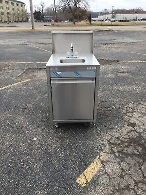 Qualserv Stainless Steel Portable  Hand Wash Sink W/ Water Heater  NSF Excellent