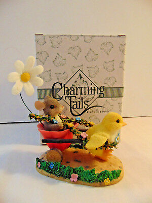 Fitz and Floyd Charming Tails Figurine ~ Chickie Chariot ride
