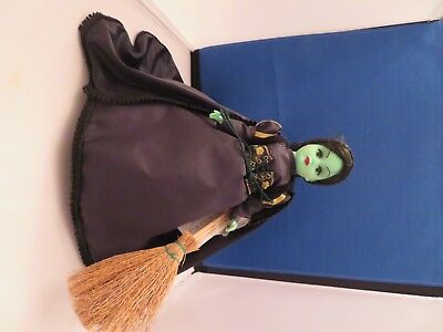 Madame Alexander Wicked Witch of the West OZ Doll 1999 With Tag and Broom