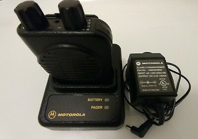Motorola Minitor IV Pager + Base Charger + Power Supply