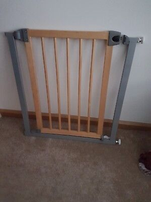 Lindam Wooden Child Baby Pet Adjustable Safety Gate