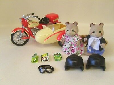 Sylvanian Families Motorbike And Sidecar With Figures And Accessories