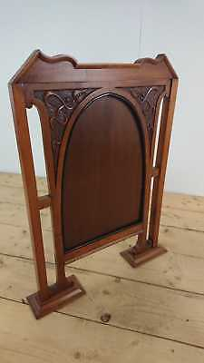 Elegant Arts and Crafts Hand Carved Mahogony Firescreen in Great Condition