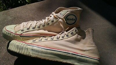 Vintage 1940s Keds Men's Canvas High Top Size 9  basketball