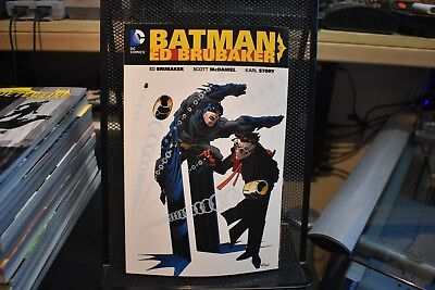 Batman by Ed Brubaker Volume 1 DC Comics TPB Brand New HUGE 288 Pages Robin